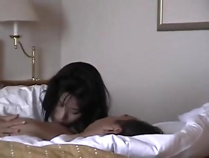 orgasm;squirting,Asian;Brunette;Squirt z0020
