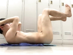 muscle;perfect-body;nude;gay-student;outside;gay-abs;perfect-face;training;japanese;public;gay;ager;abs,Japanese;Muscle;Fetish;Solo Male;Gay;College;Hunks;Reality;Amateur Pornkaz...